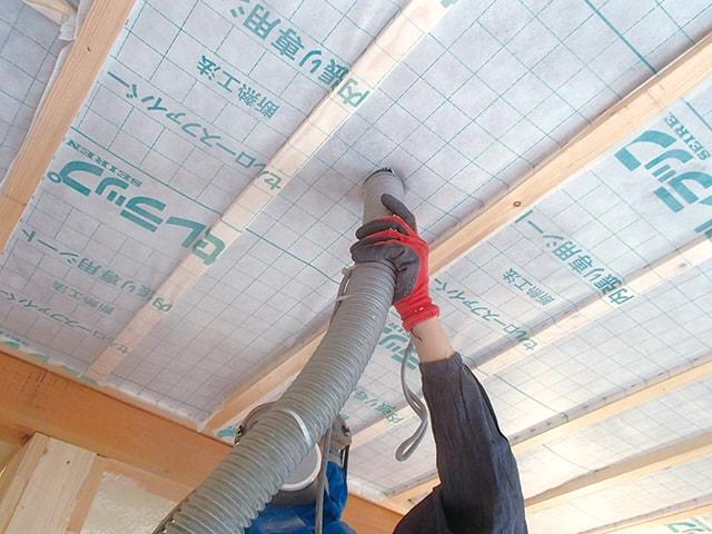 天井の断熱リフォーム工事
